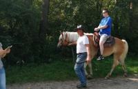 Klienti na koňoch