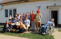 Návšteva priateľov z Únie žien Slovenska v spoločnosti členov folklórnej skupiny Šulekovčan.