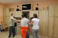 Klienti tancujú