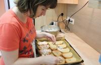 Klient pripravuje jedlo